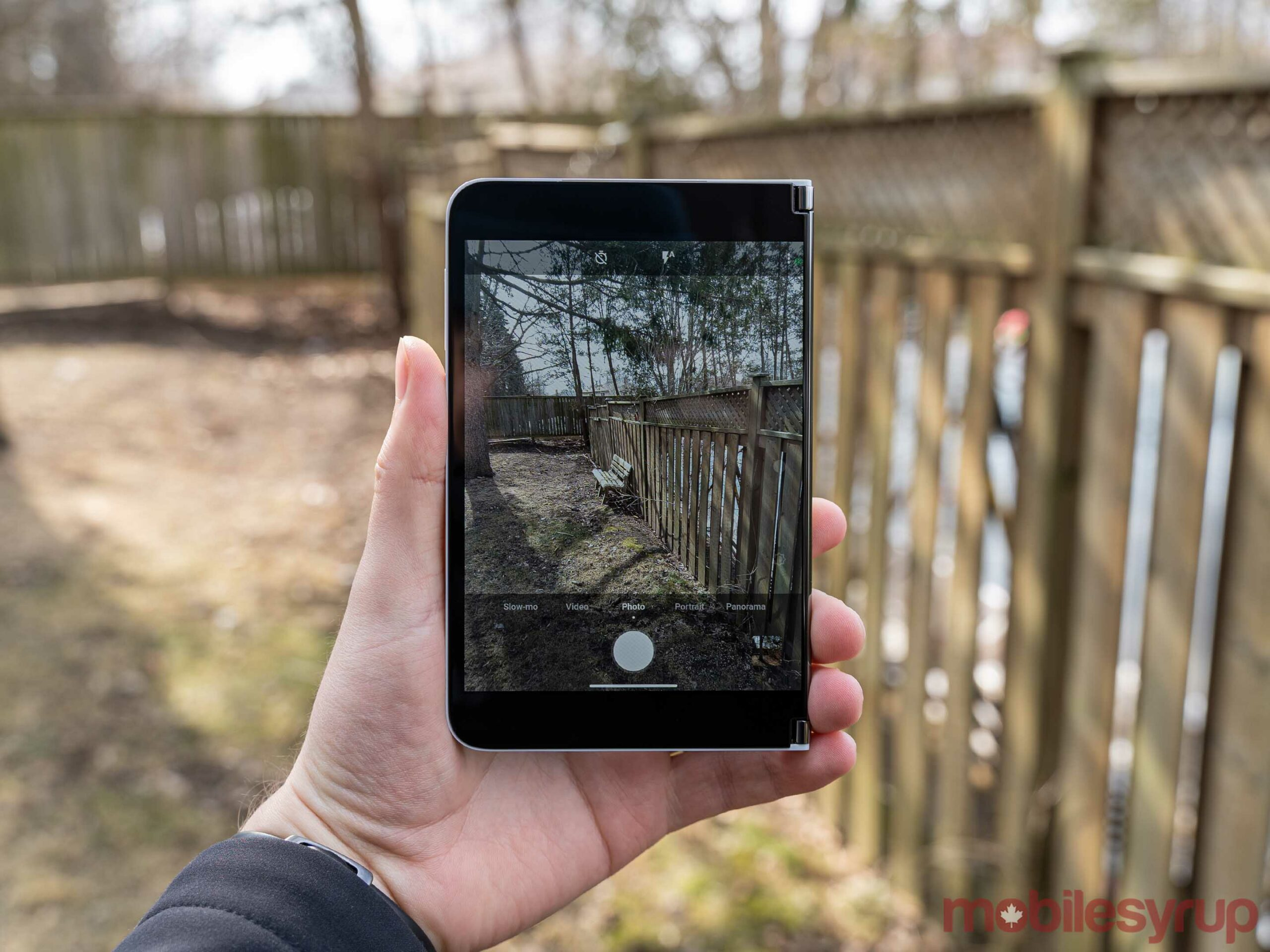 Surface Duo camera app